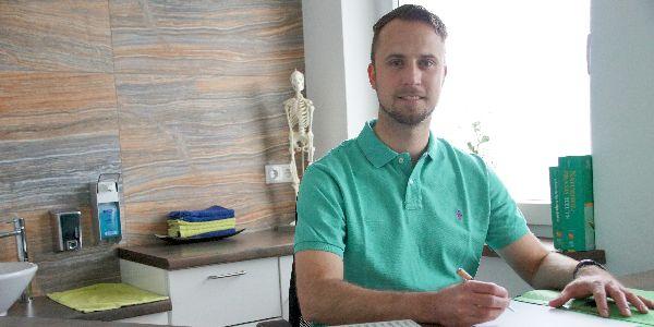 Oliver in Naturheilpraxis 600x300